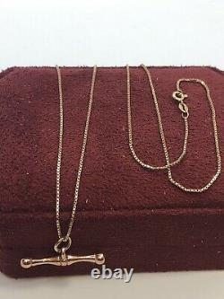 A Very Fine Hallmarked 9CT Gold 20 Box Chain With 1 Gold T-Bar Pendant Necklace