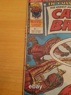 Captain Britain no. 1 Comic 13 October 1976 (Includes Free Gift Mask) Very Good