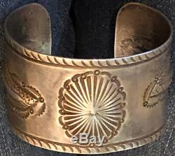 Exquisite 1930s Bracelet Ingot Hand Constructed Repousse´ Hand Stamped Very Fine