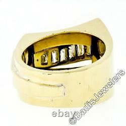 VERY FINE 18k Yellow Gold 2.2ctw Custom Baguette & Round VVS Diamond Buckle Ring