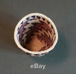 Very Fine Native American Northwest Skokomish Basket Richard Cultee