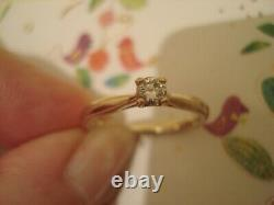 Very Pretty, Finely Crafted. 16 CT Clear Sparkling Diamond Set 9CT Gold Ring