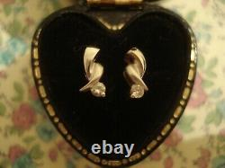 Very Pretty, Finely Crafted 18CT Gold Brilliant Sparkling Diamonds Set Earrings